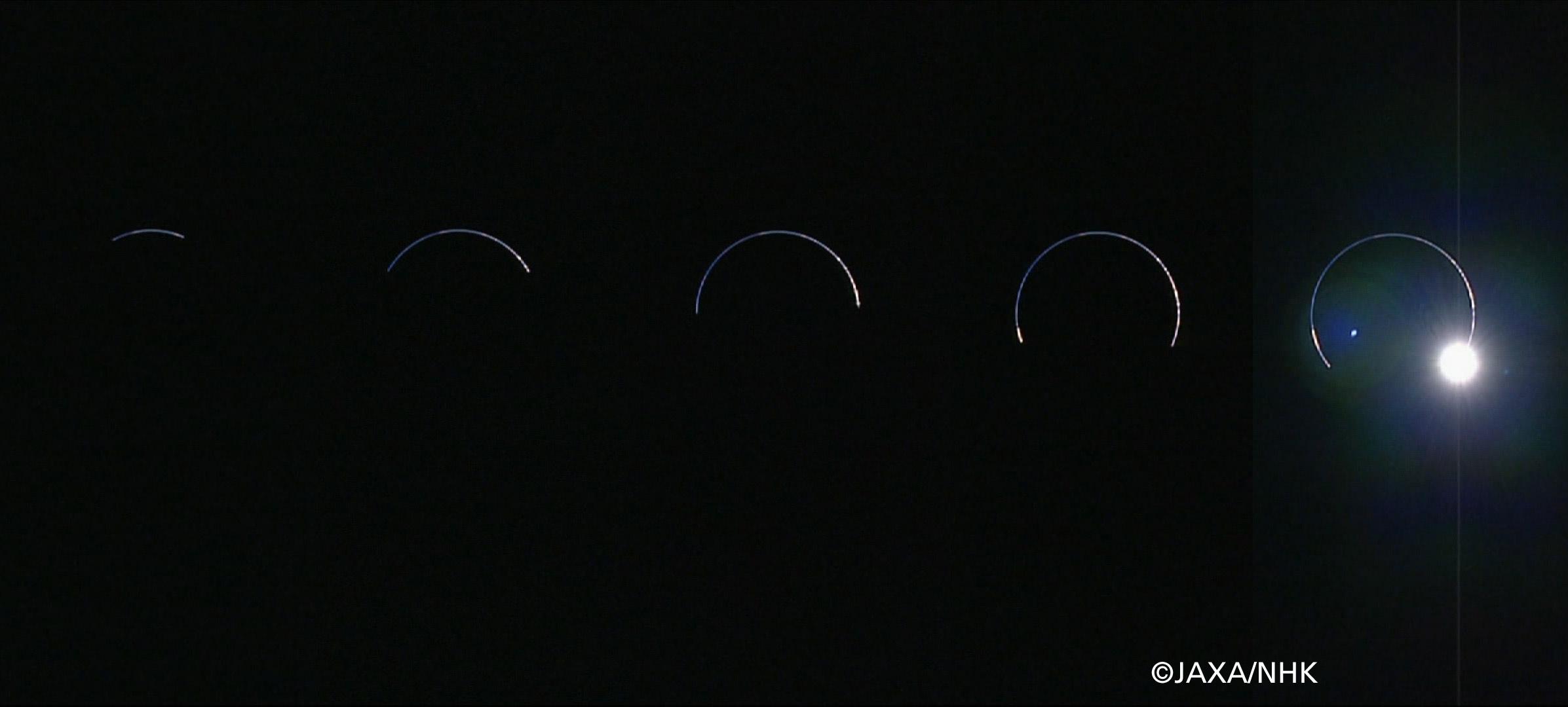 「かぐや」ハイビジョンカメラによる半影月食時の地球の撮影の成功